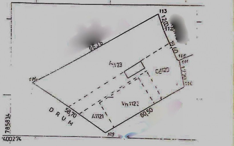 Nalbant, teren intravilan, 4000 mp, apa+curent, front stradal 59 ml