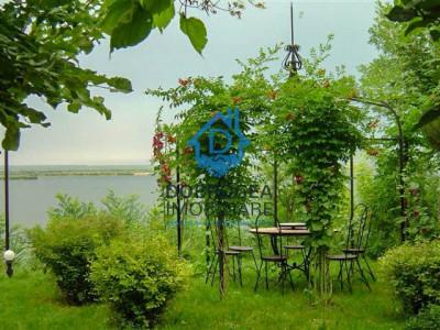 Somova, deschidere la lac, piscina, foisor, vedere superba, teren de 2000mp