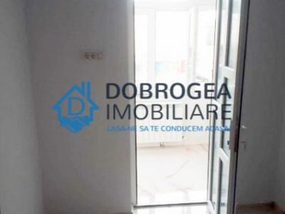 Zona Ultracentrala, 3 camere, circular, renovat, centrala termica