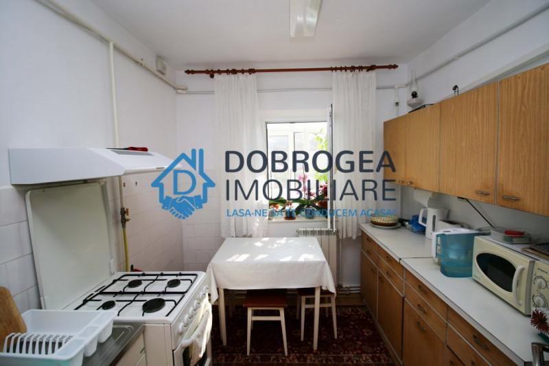 Podgoriilor, 2 camere, decomandat, mobilat complet